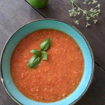 soep van gegilde paprika met mais en bleekselderij